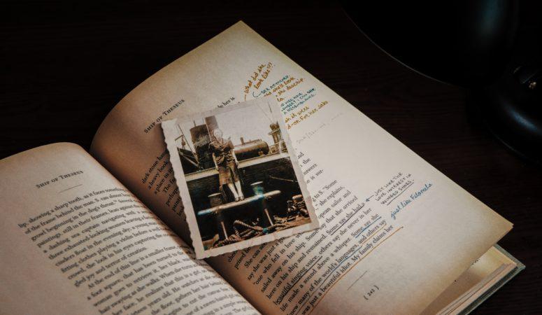 6 dritte per inserire eventi o persone reali nei tuoi romanzi (con regalo!)
